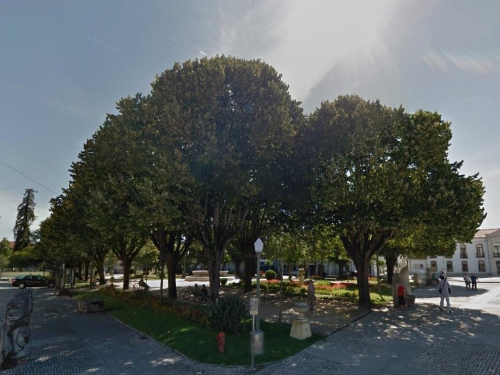 Jardim do Largo Conselheiro Ferreira Freire